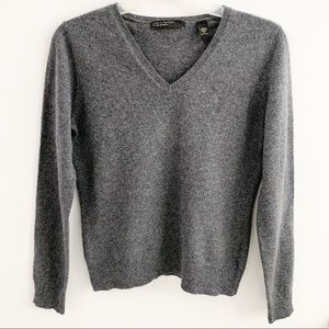 Lord & Taylor Two play Cashmere Gray Sweater